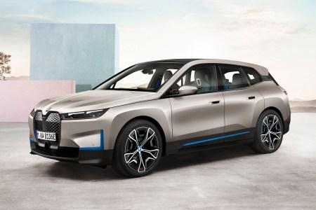 Немцы представили новый электрический флагман BMW iX: мощность 500 л.с., батарея 100 кВтч, запас хода 600 км и старт производства в 2021 году