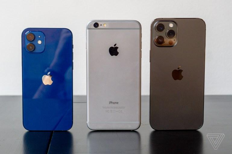 Apple открывает предзаказы на iPhone 12 mini и iPhone 12 Pro Max [живые фото, видео и первые впечатления]