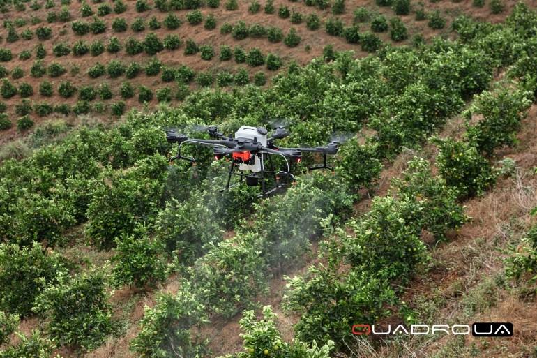 Квадрокоптер Agras T20 – новый сельскохозяйственный флагман DJI для рынка Украины
