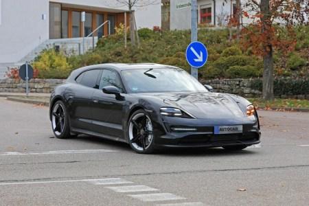 Шпионы впервые сняли электромобиль Porsche Taycan Cross Turismo без камуфляжа, его премьеру перенесли на 2021 год [фотогалерея]