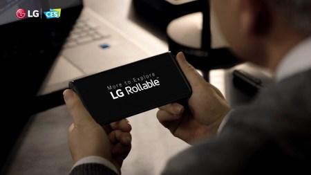 LG показала смартфон-слайдер Rollable с раздвижным экраном