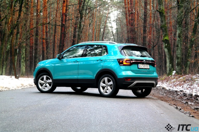 Тест-драйв Volkswagen T-Cross: золотой малыш