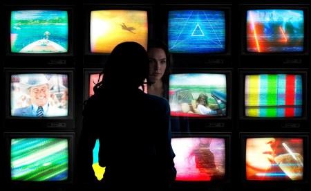 Warner Bros. объявила о раннем релизе «Чудо-Женщины 1984» в украинских онлайн-кинотеатрах, фильм доступен с 14 января 2021 года по PVOD-модели