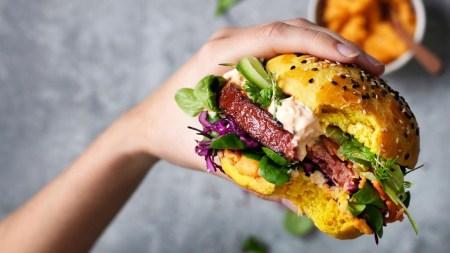 Nestle запускає в Україні лінійку продуктів Garden Gourmet з рослинного м'яса