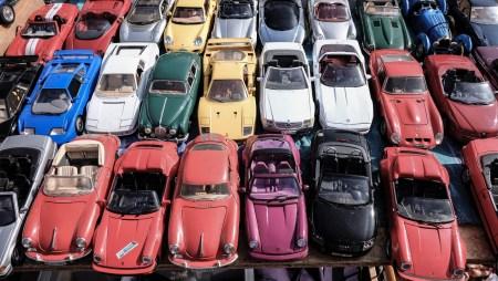 «Белый, черный, серый»: BASF назвал самые популярные цвета автомобилей для разных регионов мира [инфографика]