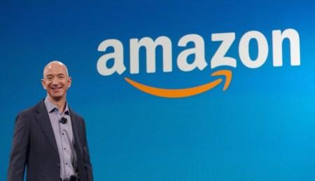 Миллиардер ДжеффБезос решил уйти с поста главы Amazon