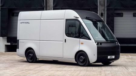 Британский стартап представил электрический минивэн Arrival Van для служб доставки с запасом хода до 340 км (дорожные тесты стартуют летом, производство — в 2022 году)