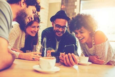 Viber: В Україні різко зросло використання групових чатів і спільнот, а також чат-ботів для проведення платежів