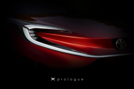 Toyota тизерит X Prologue — новый электромобиль для Европы, который покажут 17 марта