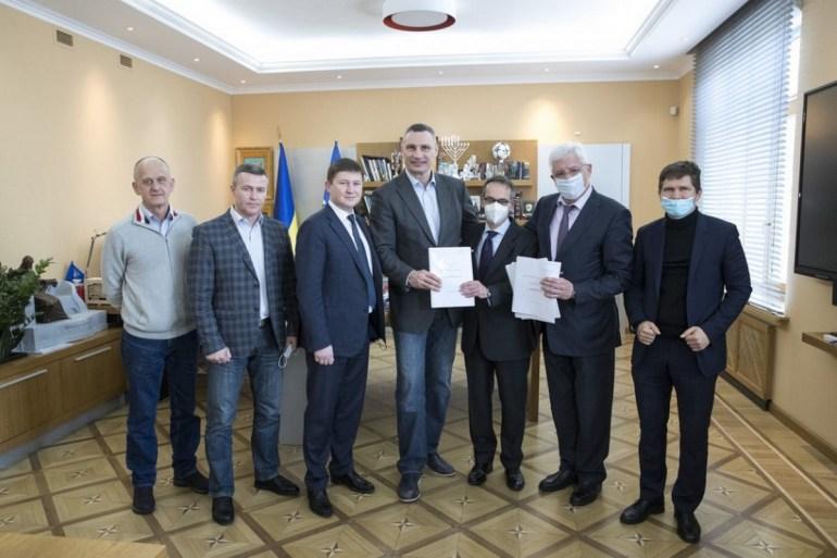 КМДА: Київський метрополітен отримав 50 млн євро кредиту на закупівлю 50 вагонів метро для лінії до Виноградара