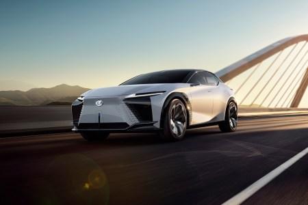 Lexus представил концепт электромобиля LF-Z Electrified и пообещал к 2025 году выпустить 20 новых электромобилей и гибридов