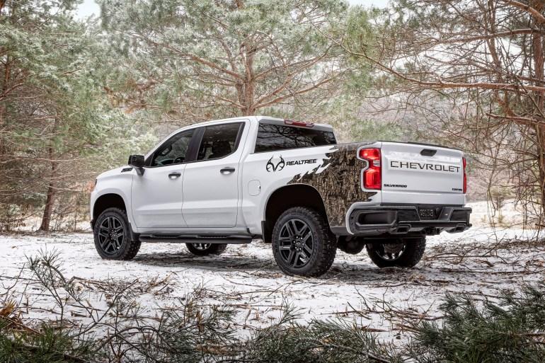 GM официально анонсировал, что электропикап Chevrolet Silverado с запасом хода 650 км будут собирать на Factory Zero в Детройте