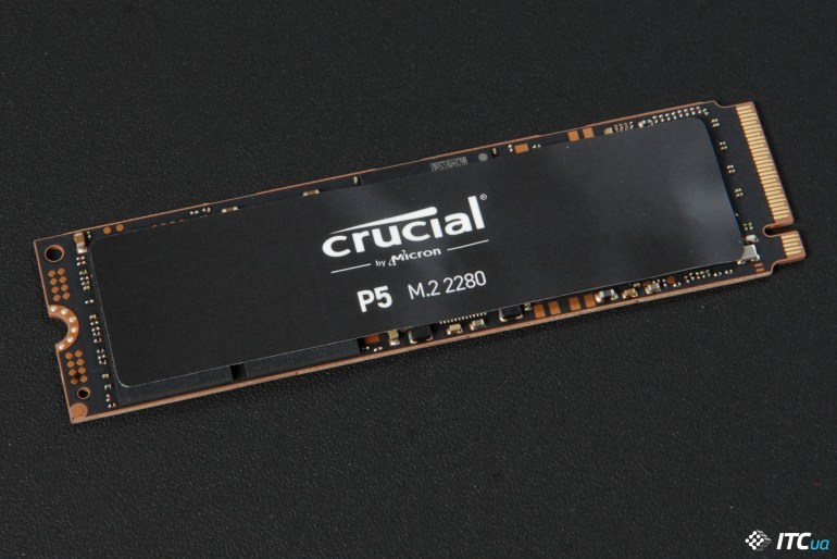 Crucial P5 front
