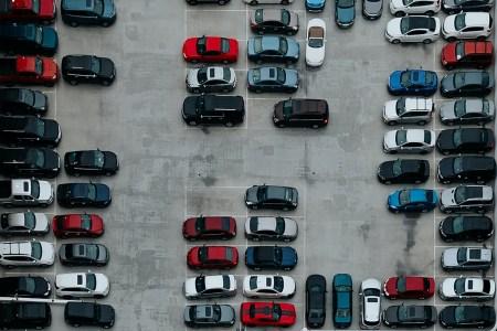 «Київ Цифровий» удосконалив сервіс паркування та повернення евакуйованих автівок