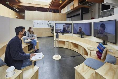 Google переводит сотрудников на новый «гибридный» формат работы — три дня в офисе и два дома