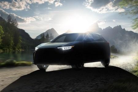 Subaru Solterra — первый серийный электрокроссовер бренда, разработанный совместно с Toyota (продажи — с 2022 года)