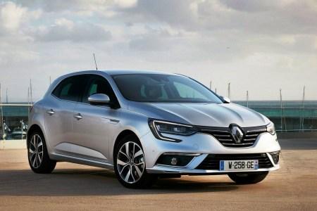 У травні українці придбали 33,2 тис. уживаних іномарок, найбільш популярний бренд — Volkswagen, модель — Renault Megane