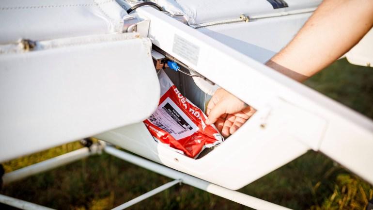 «Нова пошта» вперше в Україні протестувала доставку посилки безпілотним літальним апаратом