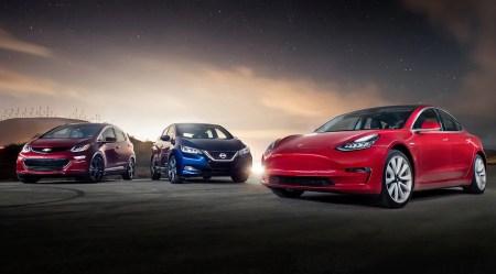 За перше півріччя в Україні було зареєстровано 3550 електромобілів, трійка лідерів — Nissan, Tesla та Chevrolet