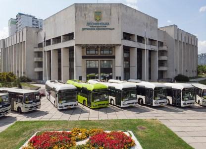 У Києві презентували «маршрутку по-київськи», кілька десятків автобусів нового зразка вже виїхали на столичні дороги (перелік маршрутів)