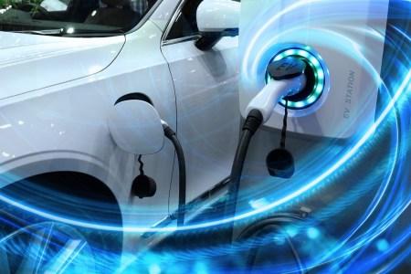 Canalys: рынок электромобилей вырос на 160% в первой половине 2021 года (лидирует Tesla с долей 15%)