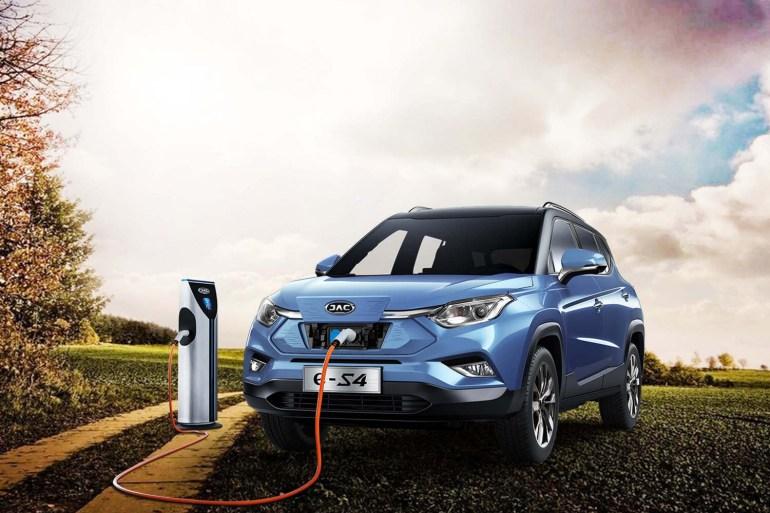 У липні українці придбали 770 електромобілів, за рік частка нових екземплярів зросла з 8% до 12% (найбільш популярна новинка - китайський кросовер JAC iEVS4)