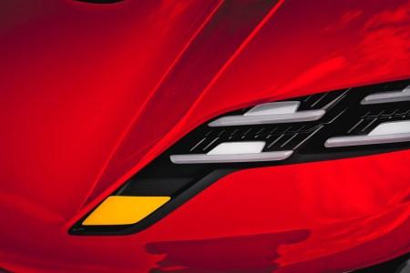 Porsche представит концепт электромобиля будущего 6 сентября на выставке IAA 2021 [тизер]
