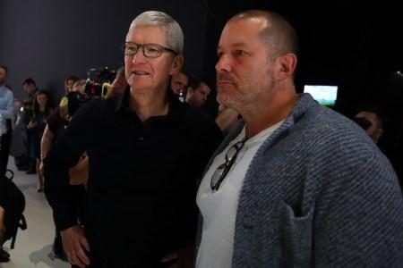 Бывший главный дизайнер Apple Джонни Айв подписал многолетний контракт с Ferrari — его студия, возможно, поучаствует в разработке первого электрокара бренда