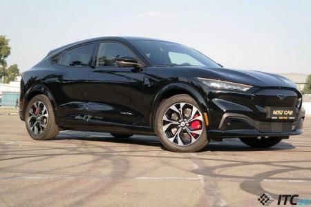 Тест-драйв Ford Mustang Mach-E: спорткар-электрокар?