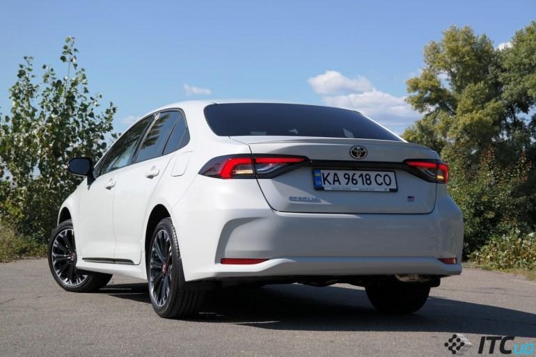 Тест-драйв Toyota Corolla GR Sport: ТОП-5 вопросов и ответов