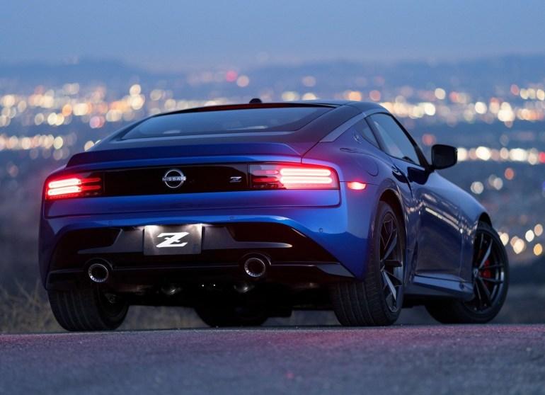 Авто-дайджест за август 2021: Lamborghini Countach, Nissan Z, «Авто года в Украине»