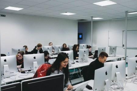 Дослідження: Кожний шостий український ІТ-спеціаліст має менше двох років досвіду роботи