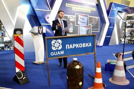 Операція «Конус»: Київ починає очищення міста від самовільно захоплених паркомісць, бронювання машиномісця на онлайн-аукціоні буде коштувати від 8599 грн/міс у центрі