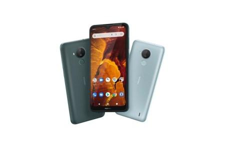 В Україні починається продаж смартфону Nokia C30 та оновленого класичного телефону Nokia 6310
