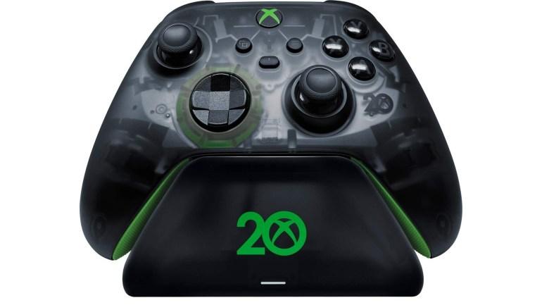 Microsoft представила юбилейные контроллер, гарнитуру и зарядную док-станцию к 20-летию Xbox