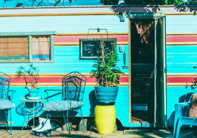 Oregon: Ashland – The Pastel Rainbow Fortune Hideaway (Review)