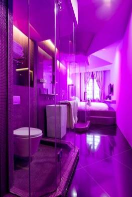 205 Pantone - Purple