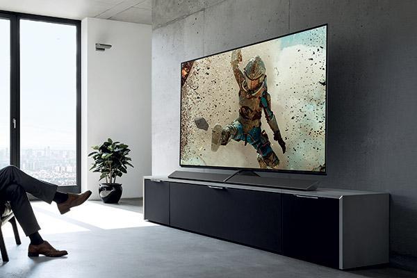 Смарт-телевізор Panasonic EZ1000 (EZ1002)