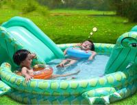 cute-plastic-garden-pool-inflantable