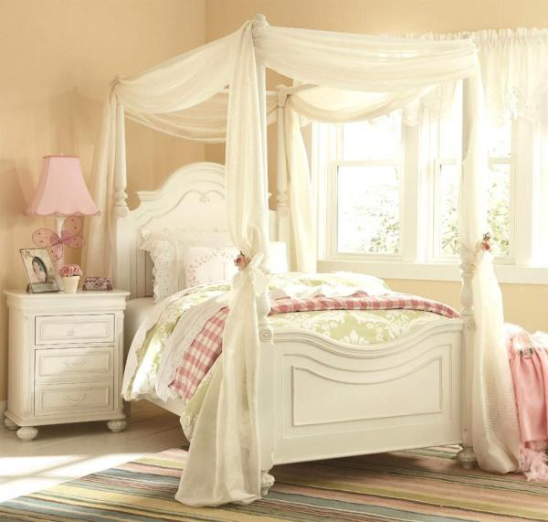 Enchanting-girls-white-bedroom-furniture-with-whtie-curtain-canopy-bedroom-girl Home Inspiring