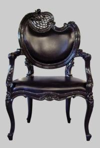 unique-gothic-black-leather-chair