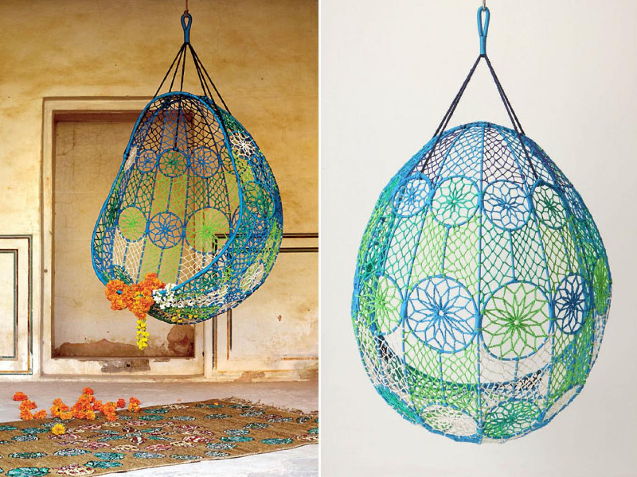 Ceiling Hanging Chair Make The Days Feel Comfortable And Relaxed With Adorable