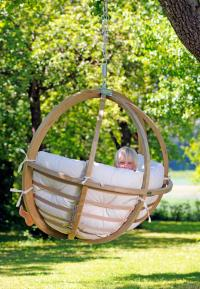 cute-rattan-outdoor-hanging-ceiling-chair