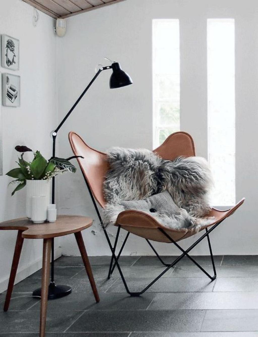 Modern Corner Reading Butterfly Chair with Small Black
