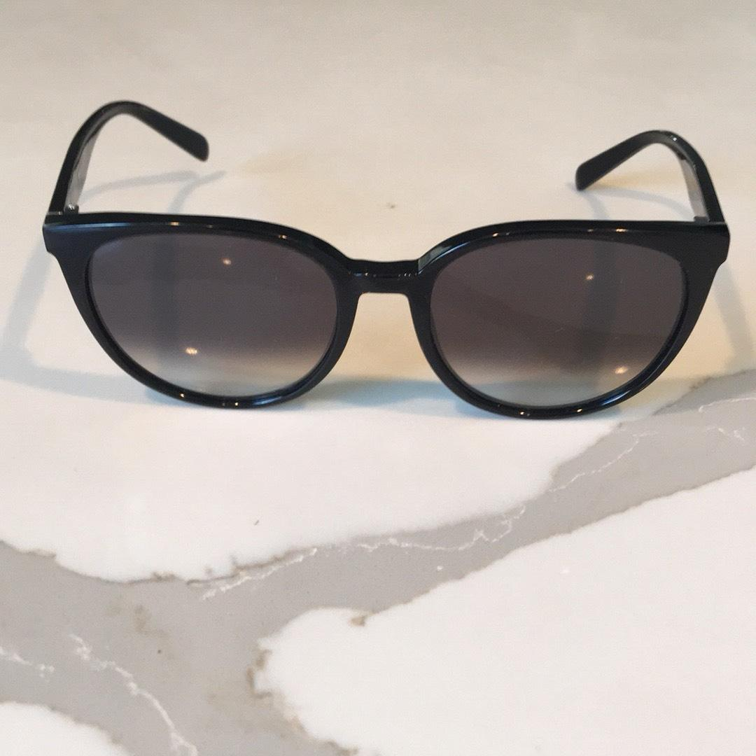 a0ba8a3269f 20+ Celine Thin Mary Sunglasses Black Pictures and Ideas on Meta ...