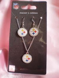 NFL Pittsburgh Steelers Earring and Necklace Set #9618346
