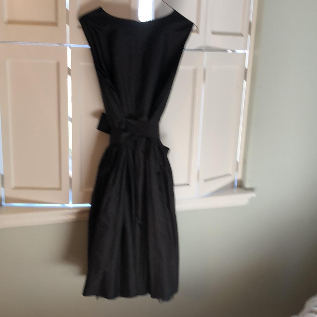 Black Short Cocktail Dress Size 12 (L)