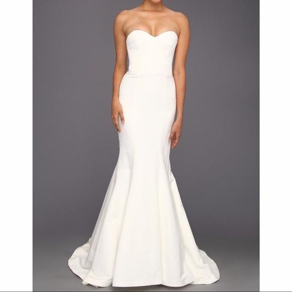 Nicole Miller Bridal Dakota Wedding Dress on Sale, 72% Off