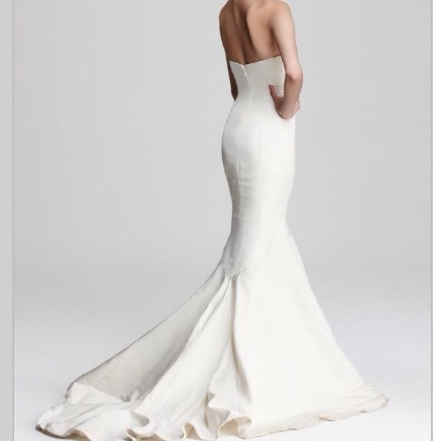 Nicole Miller Dakota Wedding Dress on Sale, 56% Off