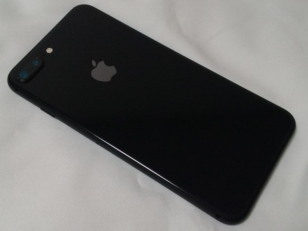 iPhone 8 Plus本体背面